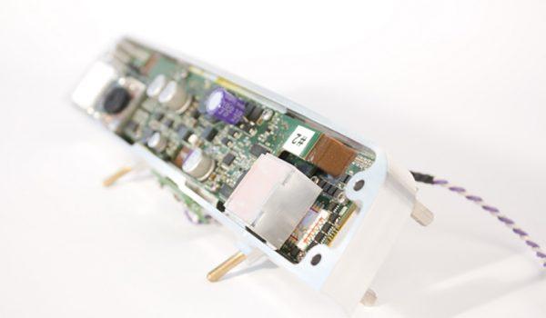tracker per il controllo oculare usato nel sistema di chirurgia robotica